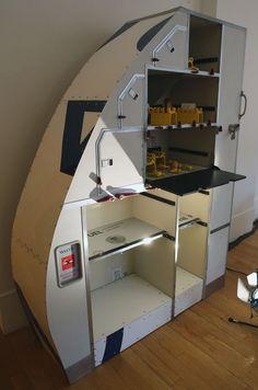 12-Storage-Cabinet-Kevin-McCloud-Kevins-Supersized-Salvage-www-designstack-co