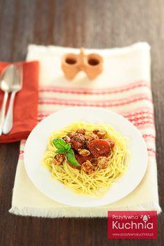 #Makaron z tuńczykiem czyli #spaghetti al tonno - #przepis krok po kroku  http://pozytywnakuchnia.pl/makaron-z-tunczykiem/  #pasta #kuchnia #obiad