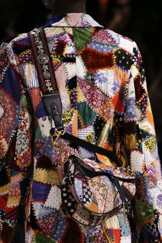 2b276feb100 Christian Dior Fall 2018 Ready-to-Wear Fashion Show Details Boho Fashion