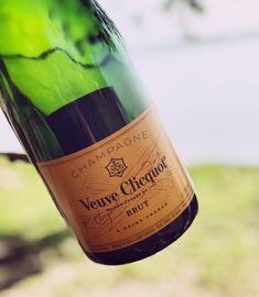 Veuve Clicquot Champagne Brands, Champagne Taste, Reims France, Dom Perignon, Veuve Clicquot, Beverages, Drinks, Bubbles, Cocktails