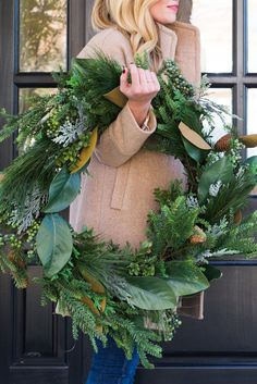 Enhance your home's disposition with the bright natural greens this holiday season. Natural Christmas, Magical Christmas, Noel Christmas, Green Christmas, Winter Christmas, All Things Christmas, Holiday Wreaths, Holiday Fun, Holiday Decor