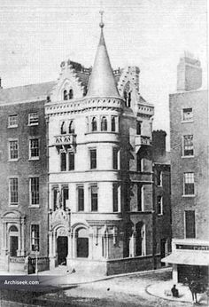 1867 – Scottish Provincial Assurance Co., O'Connell St. Dublin Street, Dublin City, Old Pictures, Old Photos, Irish Independence, Gone Days, Old Photographs, Ireland Travel, 1930s