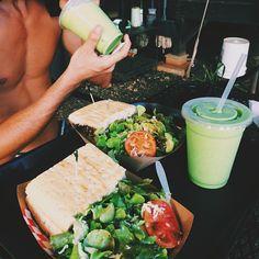 Avocado rolls and surimi - Clean Eating Snacks Think Food, I Love Food, Good Food, Yummy Food, Tasty, Yummy Eats, Healthy Snacks, Healthy Eating, Healthy Recipes