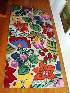 Floor coverings, including a #DIY painted rug on canvas. #decorating #forthehome