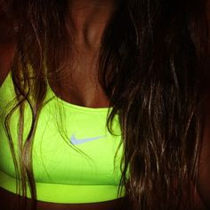 Shop this Nike neon sports bra at trendslove <3
