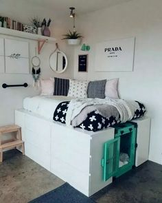 How to incorporate a dog crate with your stylish home decor. – ImpactDogCrates… How to incorporate a dog crate with your stylish home decor. Cute Bedroom Ideas, Cute Room Decor, Room Ideas Bedroom, Small Room Bedroom, Awesome Bedrooms, Bed Ideas, Trendy Bedroom, Decor Ideas, Bedroom Furniture