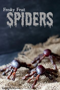 These healthy Halloween fruit spider snacks are so creepy crawly, kids will beg for more! | EatingRichly.com