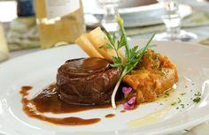 Ou apenas ser surpreendido por pratos com o que há de melhor da culinária gaúcha contemporânea. #paradorcasadamontanha #ecovillage #cambaradosul #gastronomia