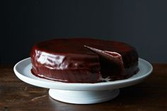 https://www.yahoo.com/food/sams-favorite-chocolate-cake-77910757612.html
