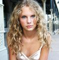 Taylor Swift - trending songs and images of Taylor Swift on We Heart It Young Taylor Swift, Photos Of Taylor Swift, Taylor Swift Album, Taylor Swift Hot, Taylor Taylor, Starwars, Taylor Swift Photoshoot, Demi Lovato, Role Models