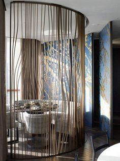 Room Decor Ideas shows you the best Lobby Designs by Yabu Pushelberg to Copy for your Home Interiors to achieve a luxury interior design at room decoration. Lobby Design, Design Entrée, Wall Design, Partition Screen, Room Divider Screen, Partition Design, Partition Ideas, Partition Walls, Room Screen