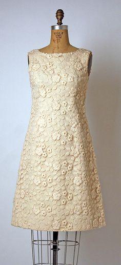 Andre Courreges 1966 #partydress #dress #vintage #retro #elegant #romantic #classic #feminine #fashion #lace #bridal #wedding #highendvintage