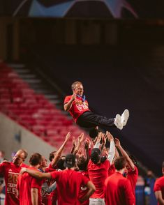 Hansi Flick, Germany Football, Fc Bayern Munich, Trainers, Champion, Sports, Instagram, Athletes, Soccer