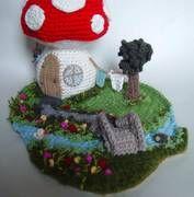 My 2nd mushroom house is finished! Yay! Warning, 9 LARGE photos... - CROCHET