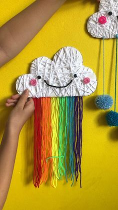 We love working with wool and yarn. Yarn wrapping is easy for kids and looks adorable! Have a go at our yarn wrapped rainbow clouds today! Yarn Crafts For Kids, Easy Crafts, Arts And Crafts, Paper Crafts, Crafts With Wool, Rainbow Cloud, Rainbow For Kids, Yarn Wall Hanging, Art Plastique