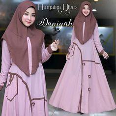 Daniyah by Humaira Hijab Abaya Designs, Muslim Dress, Neck Design, Kaftan, Blouses For Women, Designer Dresses, Fashion Outfits, Clothes, Collection