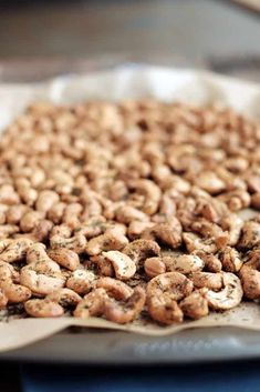 A simple snack to have on hand for a party or for a quick snack, these ranch roasted cashews are easy to make and won't last long! Paleo, clean, and easy! Cashew Recipes, Peanut Recipes, Snack Recipes, Healthy Recipes, Roast Peanuts Recipe, Healthy Salty Snacks, Quick Snacks, Cabinet