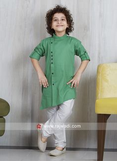 Plain Cotton Silk Pathani Suit - The world's most private search engine Boys Party Wear, Kids Party Wear Dresses, Kids Wear Boys, Kids Dress Wear, Baby Dress Design, Baby Suit Design, Kurtha Designs, Kids Kurta, Baby Boy Dress