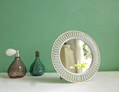 Vintage Schminkspiegel Standspiegel Spiegel 50er von ILoveSparrows auf DaWanda.com