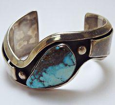 RARE Chavez Native American Navajo Sterling Turquoise Cuff Bracelet -*-*-bin150