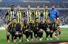 Fenerbahce World Football, Football Soccer, Most Popular Sports, World Of Sports, Messi, Ronaldo, Real Madrid, Liverpool, Barcelona