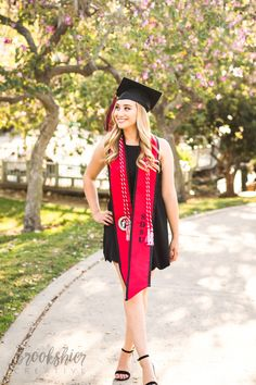 fletchersoucyz - 0 results for masters graduation pictures Nursing Graduation Pictures, Graduation Picture Poses, College Graduation Pictures, Graduation Portraits, Graduation Photoshoot, Graduation Photography, Grad Pics, Senior Portraits, Cap And Gown Pictures