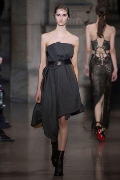 Yiging Yin Couture SS 2016