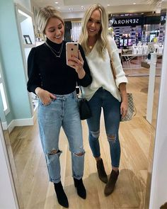 Back with my girl @karlierae tonight!! We had an amazing night trying on pretty @kendrascott jewelry & even designing my own necklace! I love the little emerald bar pendant and how it looks stacked with my other dainty necklace! Ahh feeling so happy & thankful!! @liketoknow.it http://liketk.it/2tFnm . . #kendrascott #liketkit #LTKholidaystyle #LTKshoecrush #LTKunder100