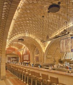 Guastavino tile arches at the Oyster Bar, Grand Central Terminal, New York City, architects Warren and Wetmore (1912). Photography © Michael...