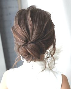 20 Drop-Dead Bridal Updo Hairstyles Ideas from Tonyastylist Tonyastylist Long Wedding Hairstyles and Wedding Updos Hairdo For Long Hair, Prom Hairstyles For Long Hair, Bride Hairstyles, Hairstyles For Bridesmaids, Unique Wedding Hairstyles, Fast Hairstyles, Formal Hairstyles, Wedding Braids, Bridal Hair Updo