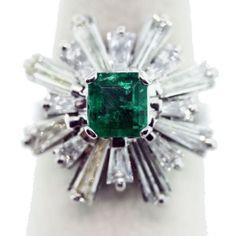 Vintage emerald and diamond Baguette platinum starburst ring