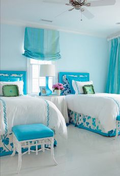 House of Turquoise: CBB Interiors - Home Decoration - Interior Design Ideas Girls Twin Bed, Teen Girl Bedrooms, Teen Rooms, Twin Beds, White Bedrooms, Kids Rooms, House Of Turquoise, Turquoise Room, Turquoise Bathroom