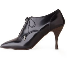 Marc Jacobs Pointy Toe Oxford with Heel ($398) ❤ liked on Polyvore