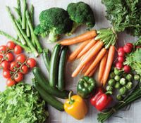 Springtime rejuvenation: regain optimum wellness with a detoxifying cleanse. We show you what to eat in this article!