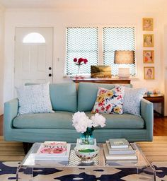 Carlisle's lovely home. living room with light blue sofa. home decor and interior decorating ideas. Living Room Sofa, Home Living Room, Living Room Decor, Living Area, Living Room Inspiration, Home Decor Inspiration, Decor Ideas, Decorating Ideas, Light Blue Couches
