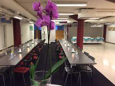 Pöytä valmiina
