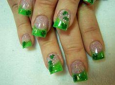 st pattys day nail idea :)