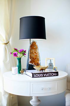 The Décor Trend That Will Rock Your World// calcite lamp, malachite vase