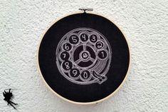 I Just Called to Say ...  Wanddeko Leinenbild von DieNaehfeeNoir