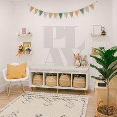 Living Room Playroom, Kids Living Rooms, Modern Playroom, Playroom Wall Decor, Toddler Playroom, Playroom Design, Kids Bedroom, Playroom Ideas, Playroom Wallpaper