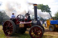 Rosdillig Vintage Rally and Steam Threshings Sunday 21st September 2014 - Carlow Tourism