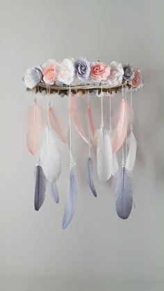 Dream Catcher Pink, Dream Catcher Decor, Dream Catcher Nursery, Dream Catcher Mobile, Feather Dream Catcher, Beautiful Dream Catchers, Pink Mobile, Flower Mobile, Mobile Mobile