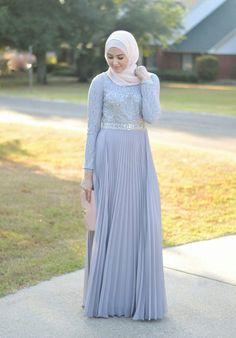 a681deae37362 Hijab Fashion 2017   Une sélection des meilleurs looks Hijab moderne chic  pour le printeHijab Fashion