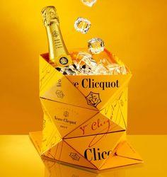 Uit 2011: de Clicq'Up origami ice bucket van Veuve Clicquot. Ontworpen door de Belg Mathias van de Walle. Leuk, leuk, leuk.