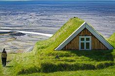 10 casas escandinavas com telhados verdes que parecem sacadas de um conto 10