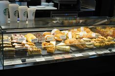 STARBUCKS, Porto (PT) LUCIS display counters JORDAO COOLING SYSTEMS®