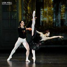 Só Bailarinos  Ekaterina Kondaurova and Marcelo Gomes