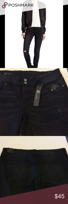 Kurt from the Kloth toothpick skinny jeans Viv destroyed toothpick skinny jeans.  Tear in the knee design. Inseam is 31 inches. 98% cotton and 2% spandex. Kut from the Kloth Jeans Skinny