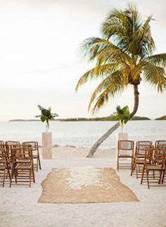 chic rustic alter designs for beach wedding ideas