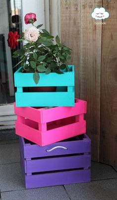 New vintage wood painting furniture ideas Diy Pallet Furniture, Garden Furniture, Vintage Furniture, Painted Furniture, Furniture Chairs, Furniture Ideas, Wood Crafts, Diy And Crafts, Diy Casa